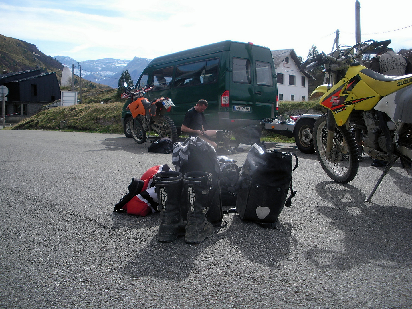 Jakobsweg 2009. Start am Somport Pass, Ankunft in Fisterre.